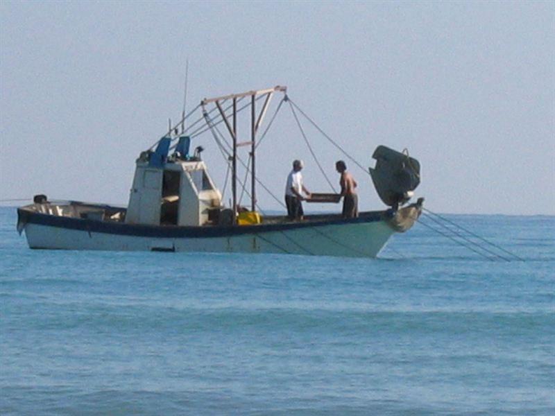 купить рыболовную шхуну в японии
